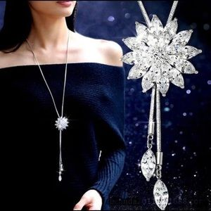 18K White Gold Filled Shiny Flower Long Necklace